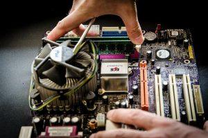 PC-Reparatur in eigener Werkstatt